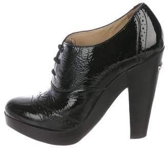 MICHAEL Michael Kors Patent Round-Toe Boots