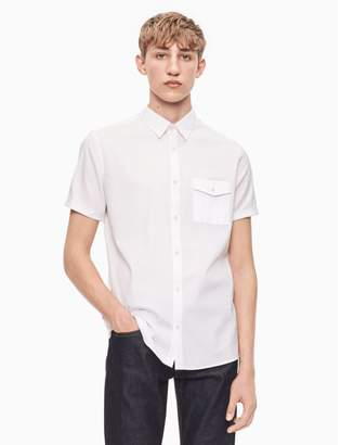 Calvin Klein regular fit nylon pocket short sleeve shirt