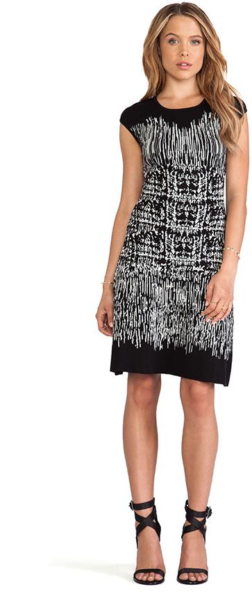 BCBGMAXAZRIA Melissa Crew Neck Printed Dress