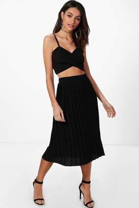 boohoo Neave Textured Crepe Pleated Midi Skirt