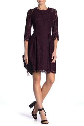 Vince Camuto Long Lace 3\u002F4 Sleeve Dress
