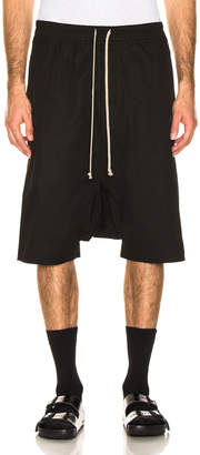 Rick Owens Pod Shorts in Black | FWRD