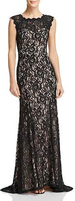 Decode 1.8 Scalloped Lace Gown