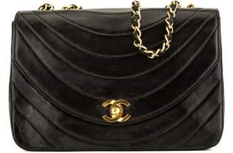 Chanel Black Lambskin Half Moon Vintage Single Flap (3974002)