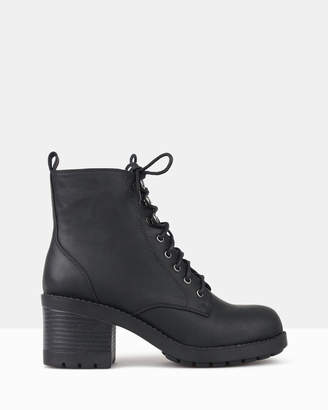 betts Ranking Block Heel Combat Boots