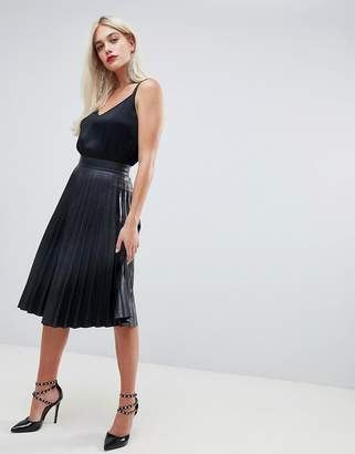 Outrageous Fortune Pleated Pu Midi Skirt In Black