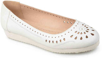 Journee Collection Cindra Flat - Women's