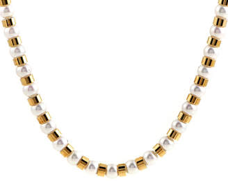 Chanel Heritage  18K Gold Pearl Necklace