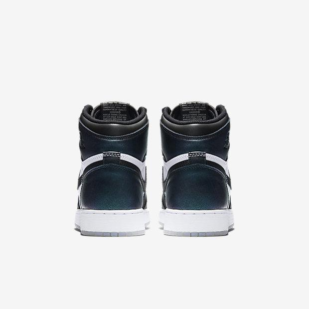 Air Jordan 1 Retro High OG Big Kids' Shoe 15