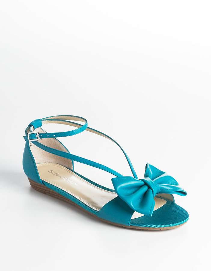 ENZO ANGIOLINI Yoanna Leather Sandals