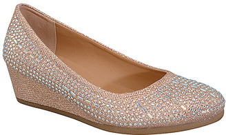 Gold Lucia Flat $32.67 thestylecure.com