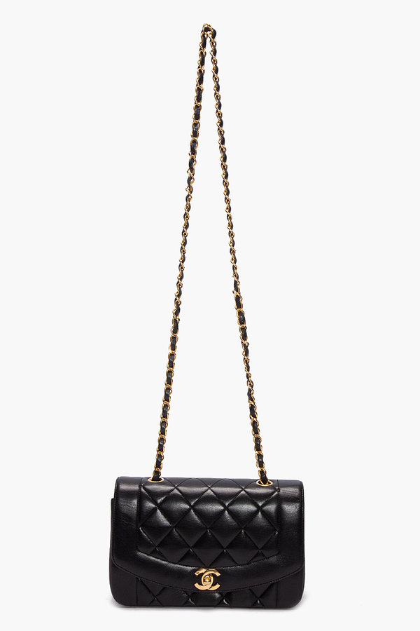 Chanel vintage BORDER QUILTED BAG