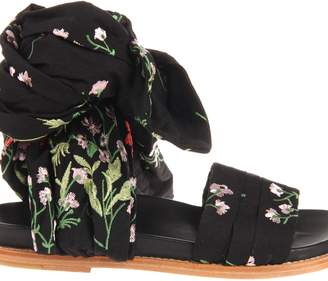 Marques Almeida Marques'almeida Floral Embroidered Flat Wrap Sandals