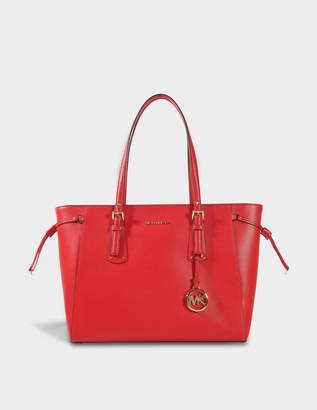 MICHAEL Michael Kors Voyager Medium Multifonction Top Zipped Tote Bag in Bright Red Grained Calfskin