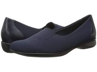 Trotters Jake Women's Slip on Shoes