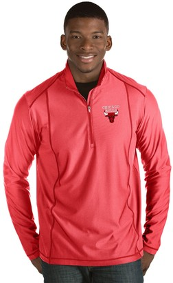Antigua Men's Chicago Bulls Tempo Quarter-Zip Pullover
