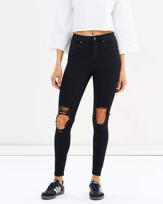 DCD High-Waisted Jeans