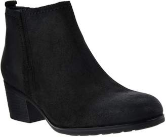 Rockport Total Motion Leather Distressed Ankle Boots