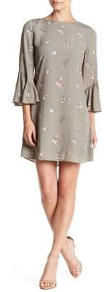 Vince Camuto Floral Print Ruffle Sleeve Dress (Petite)