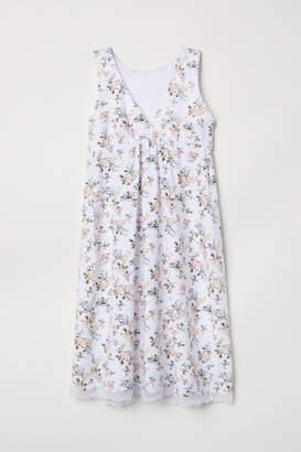 H&M MAMA Nursing Nightgown - White