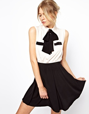 Asos Skater Dress With Contrast Pussybow And Pockets - Nude/black