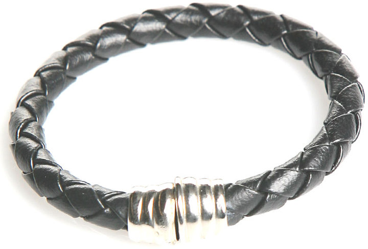 Accessories & Beyond Braided Leather Bracelet