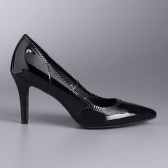 Vera Wang Simply Vera Women's All-Over Stretch Heels