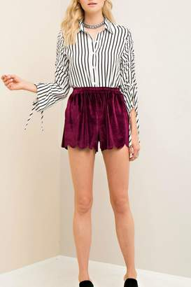 Entro Burgundy Scallop Shorts