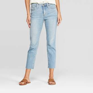 06acbf68256b Universal Thread Women's Relaxed Fit High-Rise Cropped Straight Jeans -  Universal ThreadTM Light Wash