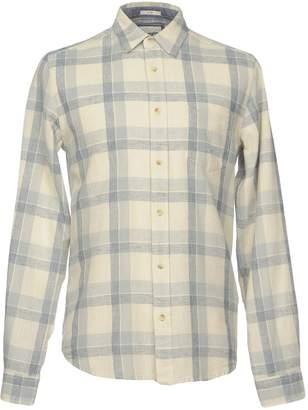 Wrangler Shirts - Item 38697036JL
