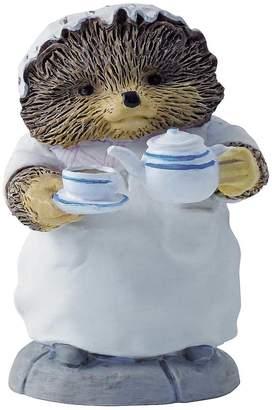 Beatrix Potter Mrs Tiggy Pouring Tea Figurine