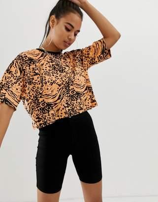 Asos Design DESIGN t-shirt in bright animal print