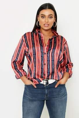 d90617040b3a37 boohoo Plus Stripe Chain Print Satin Shirt