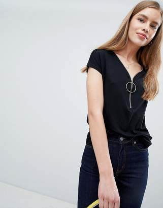 Brave Soul Sal T Shirt with Round Ring Pull