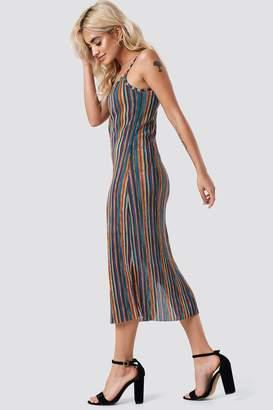 Na Kd Trend Striped Midi Side Slit Dress