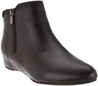 Rockport Total Motion Leather Ankle Boots