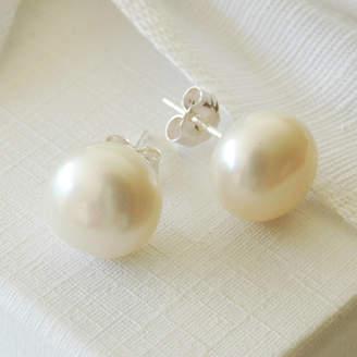 d20efccc4 Highland Angel Large Pearl Stud Earrings