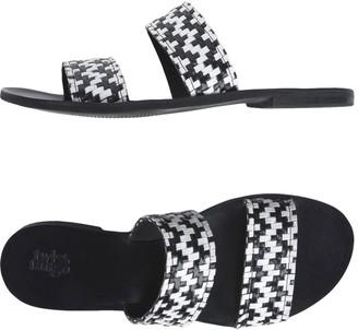 TWIST & TANGO Sandals