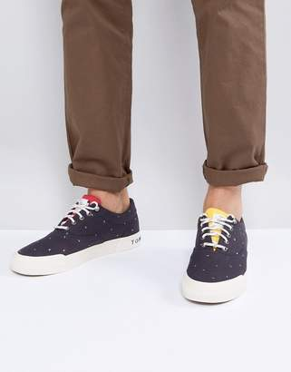 Tommy Hilfiger Yarmouth Flag Printed Canvas Plimsolls in Navy