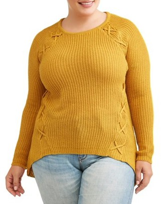 What's Next? Women's Plus Size Laced Pullover