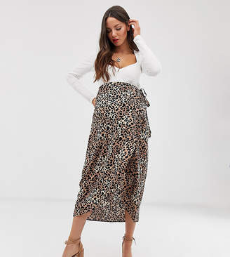 5dfca2dac New Look Maternity wrap midi skirt in animal print