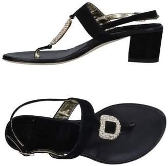 Il Sandalo Toe post sandal