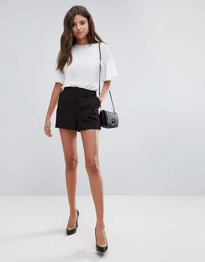 Tailored – Shorts in A-Linie