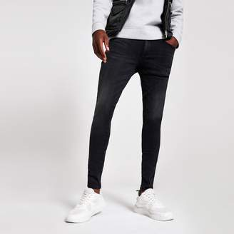 River Island Mens Black Ollie spray on skinny washed jeans