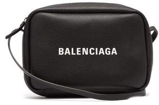Balenciaga Everyday Cross Body Bag - Womens - Black White
