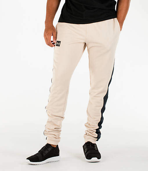 Under Armour Men's Sportstyle Stacked Terry Jogger Pants