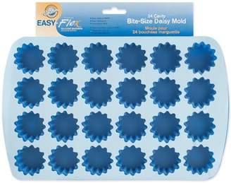 Wilton Tools Wilton Easy Flex 24-Cavity Bite Size Silicone Mold, Daisy 2105-4889
