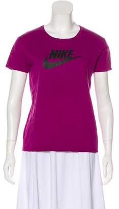 Nike Graphic Athletic T-Shirt