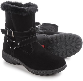 Khombu Kelly Snow Boots - Waterproof, Insulated (For Women) $34.99 thestylecure.com