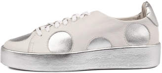 Django & Juliette Libbys White-silver Sneakers Womens Shoes Casual Casual Sneakers